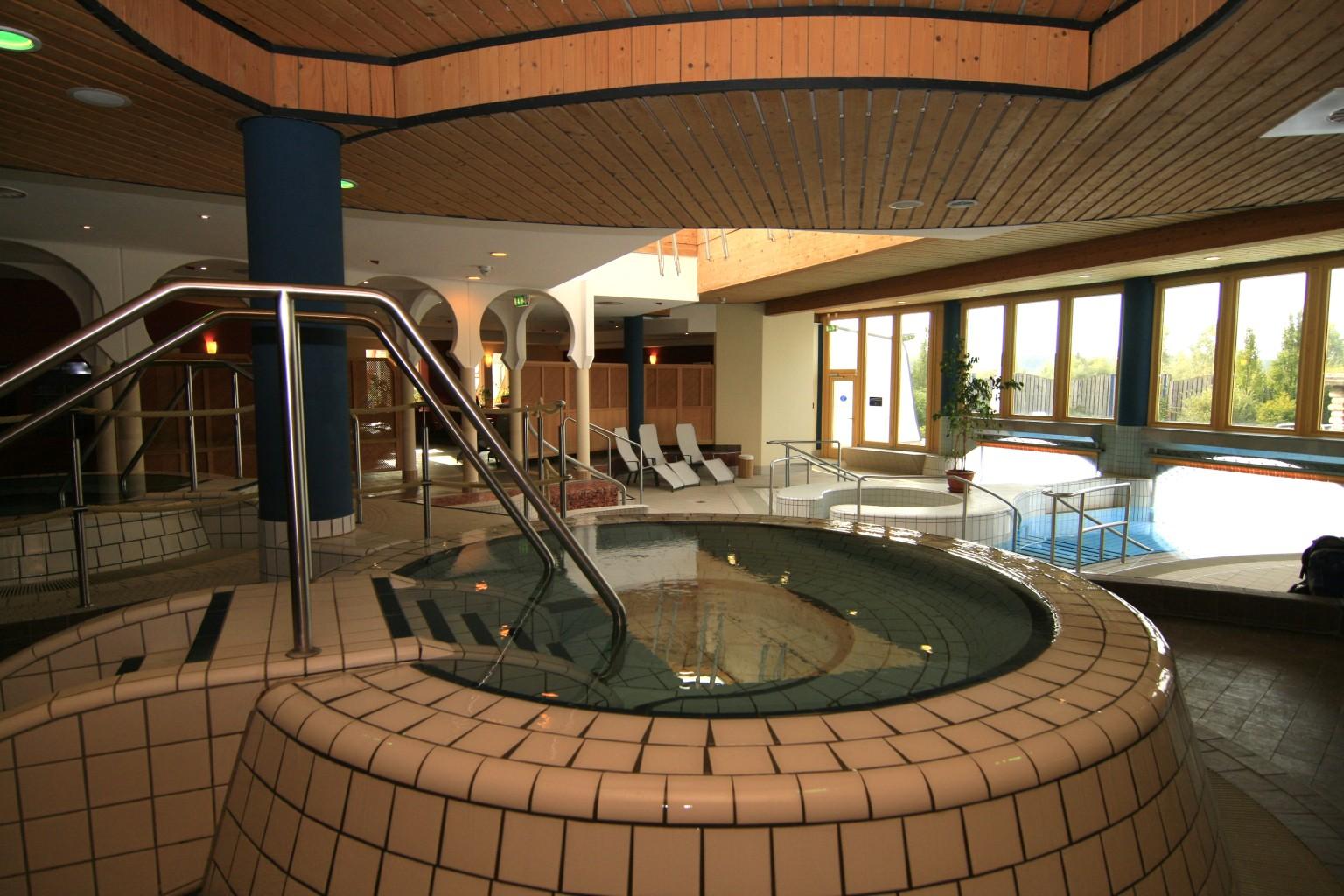 Sauna whirlpool - Sauna whirlpool ...
