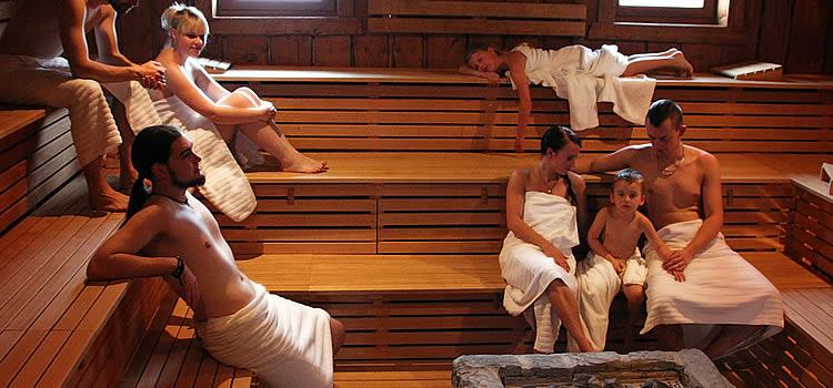 Saunieren in der NaturThermeTemplin (Galerie-Sauna)