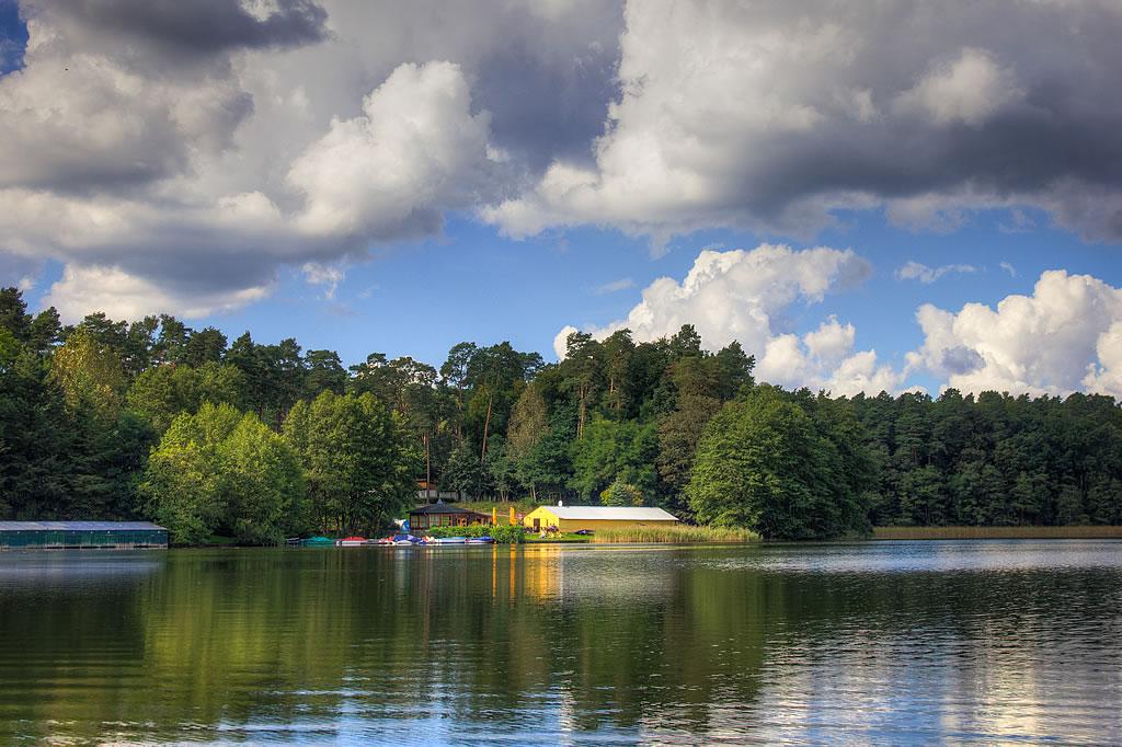 Bootsfahrt auf den See vom Naturhafen Lübbeesee aus (Foto: templiner.de)